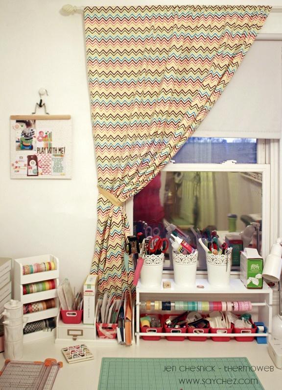 Jen Chesnick- No Sew Curtain